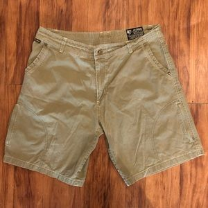 Kuhl born in the mountains men's shorts size 36
